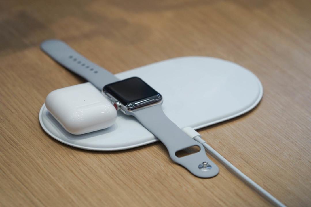 おーいApple、またSamsungにワイヤレス充電で先越されちゃうよー!