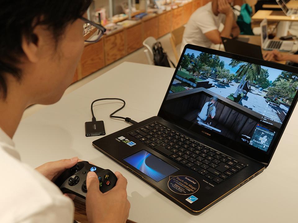 カフェでも職場でも、どこでもゲーム。そんな夢が超小型SSD「T5」で叶いました