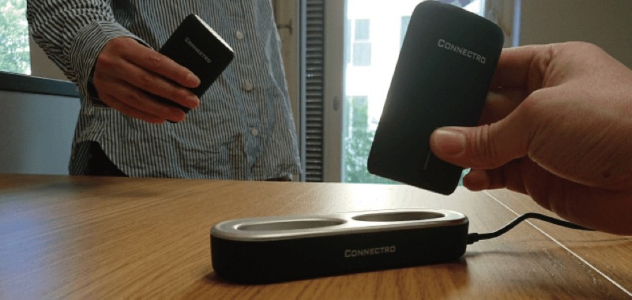 定位置を決めよう。ステーション型モバイルバッテリーなら充電忘れも防げるね