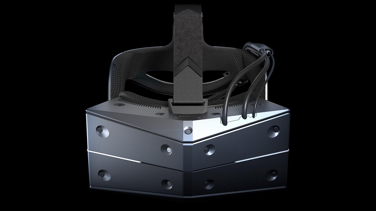 ヘッドマウントディスプレイ「StarVR One」登場! 視野210°の超広大VR!