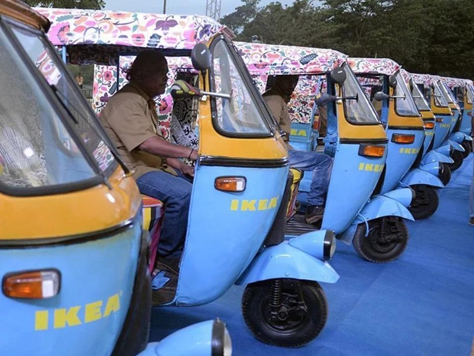 カラーリングがキュート!インドのIKEAが太陽エネルギーで走るオート三輪で配達