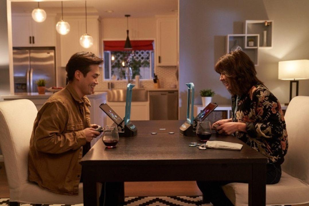 テーブルでみんなでMRゲームができるデバイス「Spatial」