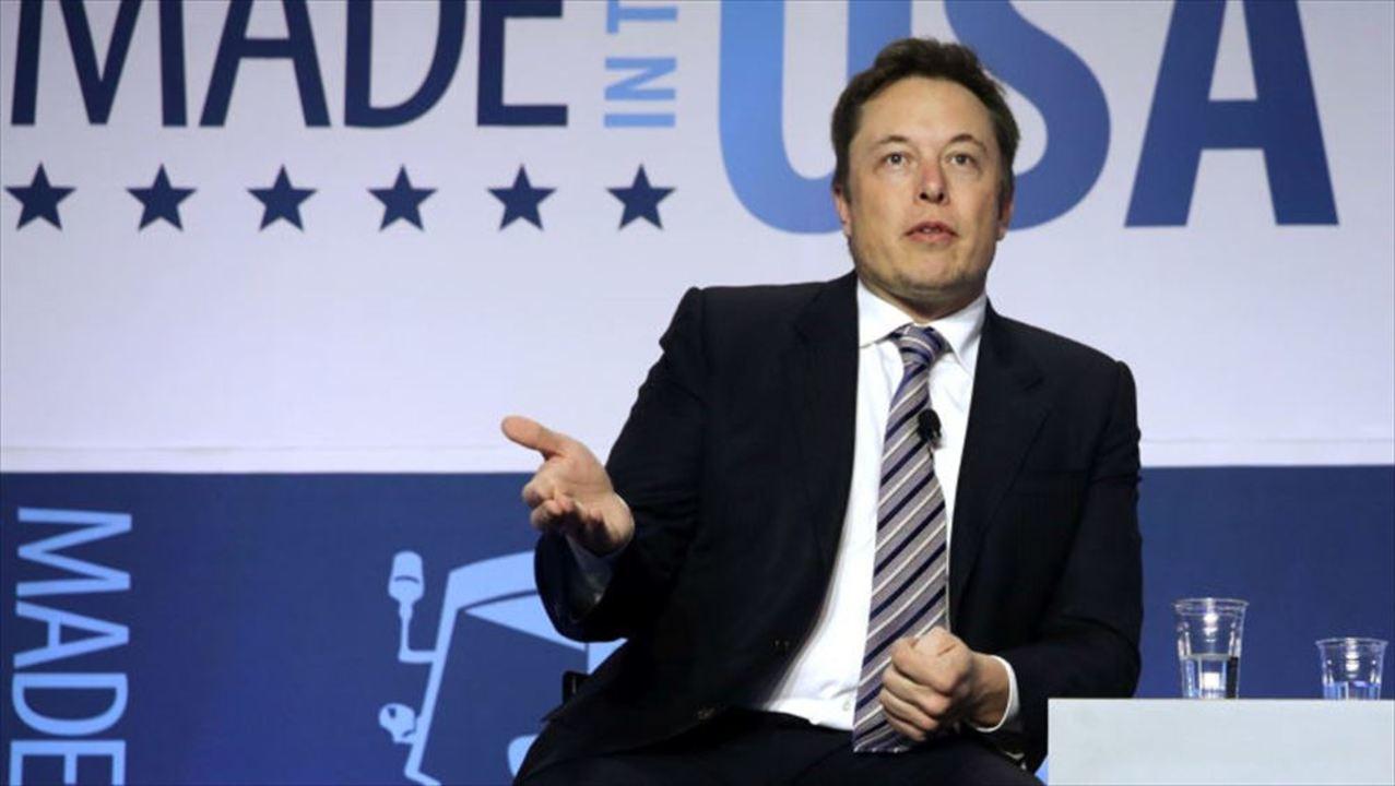 イーロン・マスク、泣く。Teslaを辞めた社員の会社Lucidにサウジ出資の噂も