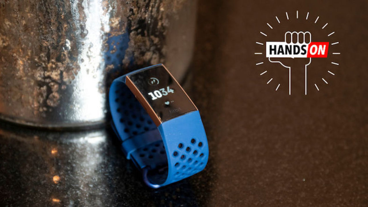 Fitbit Charge 3ハンズオン:安い、軽い、反応良、充電長持ち!