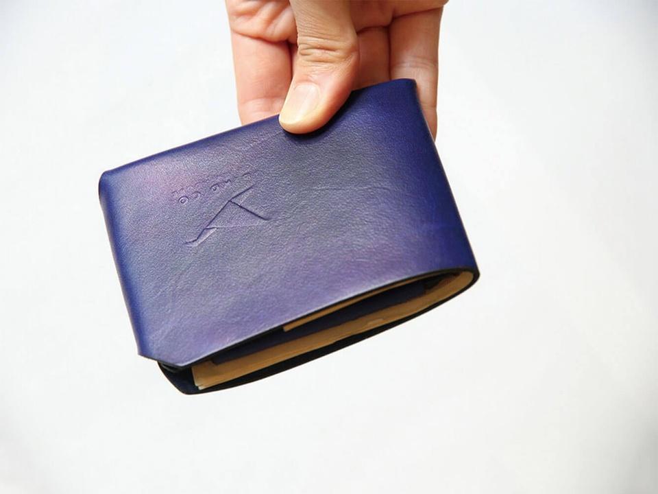 シンプルなのが強さの秘訣。縫製・接着剤・金具を一切使わないレザー財布「Origami Wallet」がキャンペーン開始