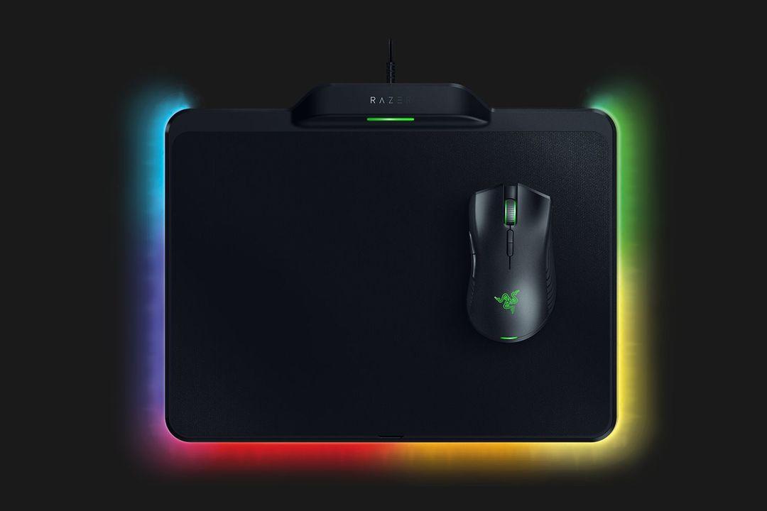 マウスパッドで充電できちゃう。Razerの超軽量ワイヤレスゲーミングマウス