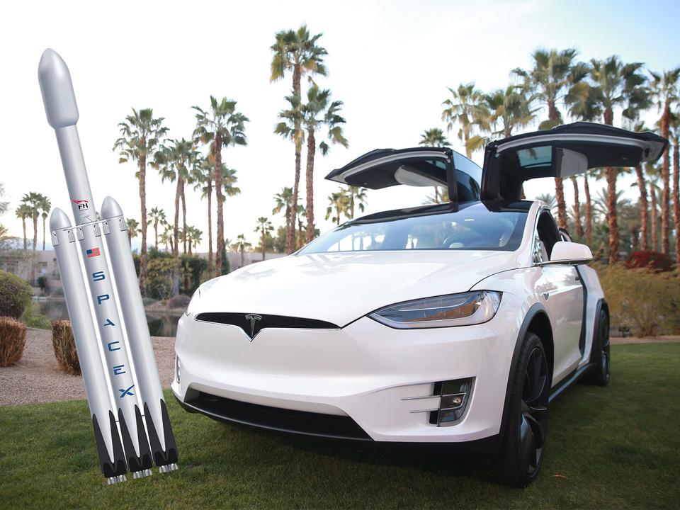 このコンビはずるい。SpaceXの宇宙船「Crew Dragon」に宇宙飛行士を届けるのは、TeslaのModel X