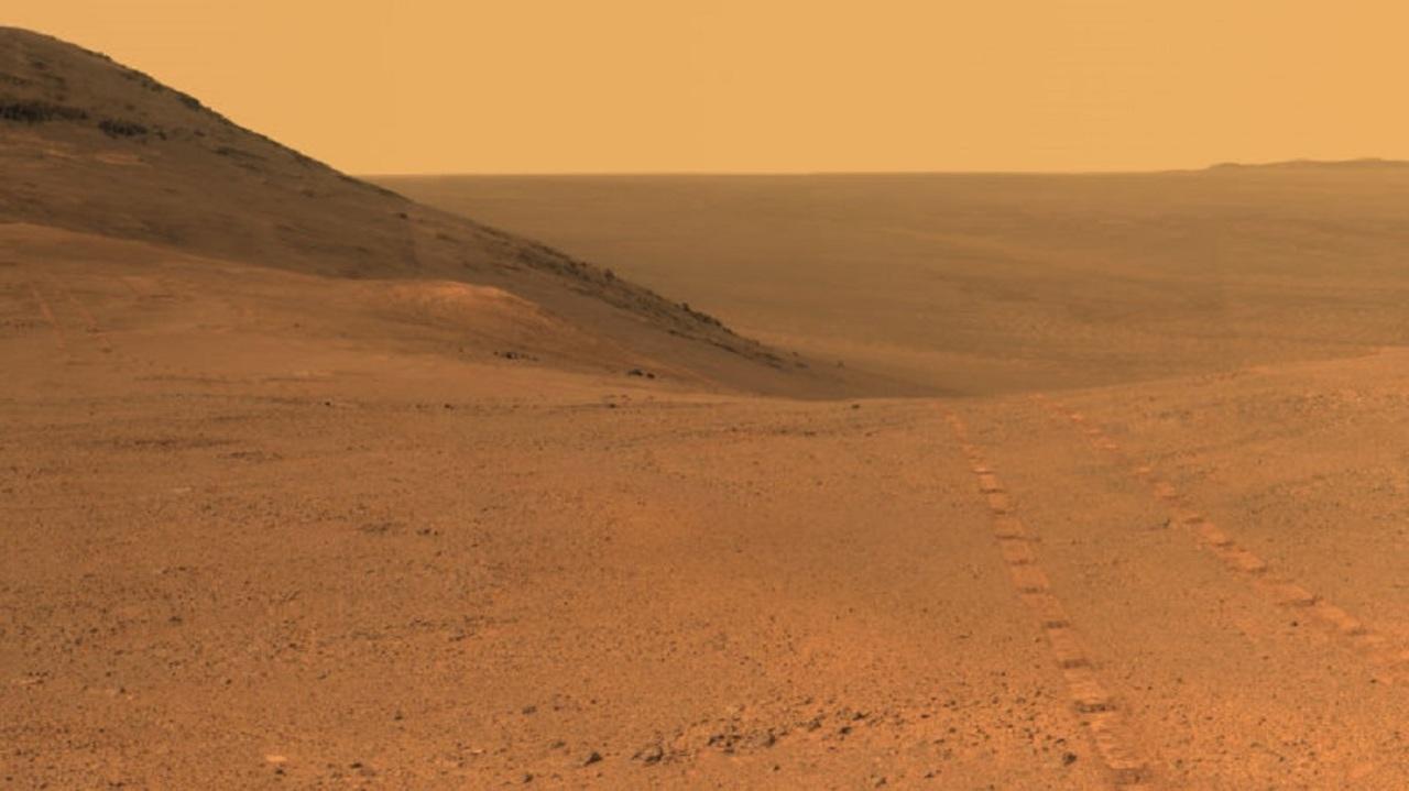 NASAの火星探査機、再び動き出しそう…?