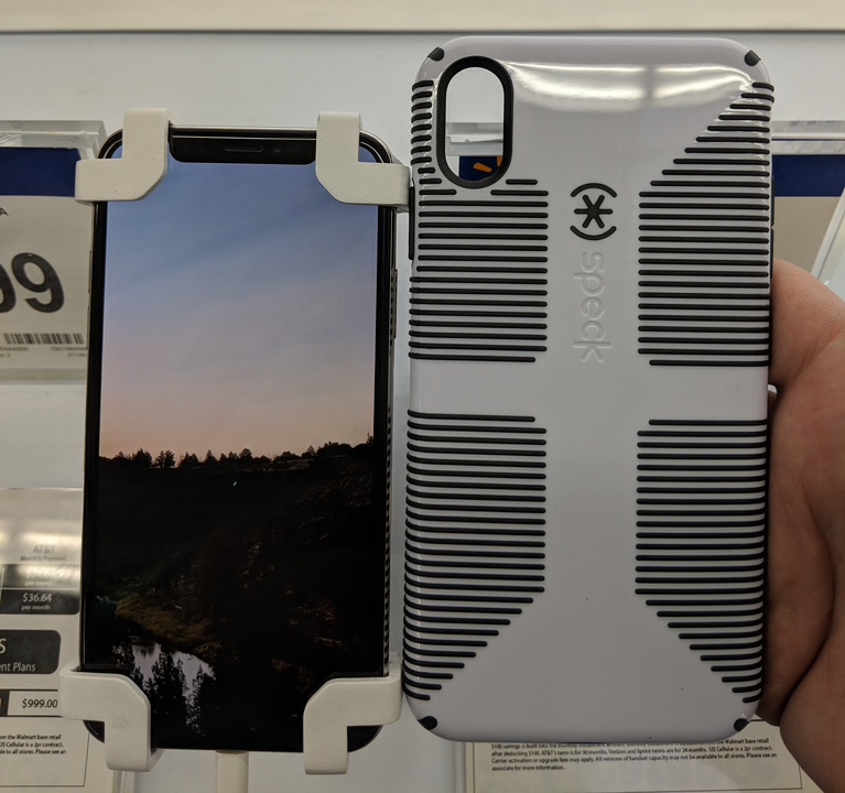 発表前なのに! 新型「iPhone XS Max」と「iPhone 9」用らしきケースがウォルマートで見つかる