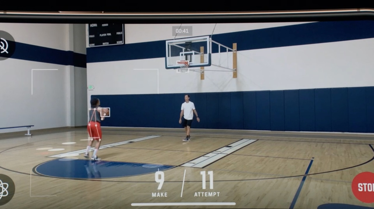 20180914-all-about-iphone-xr-ar-basketball