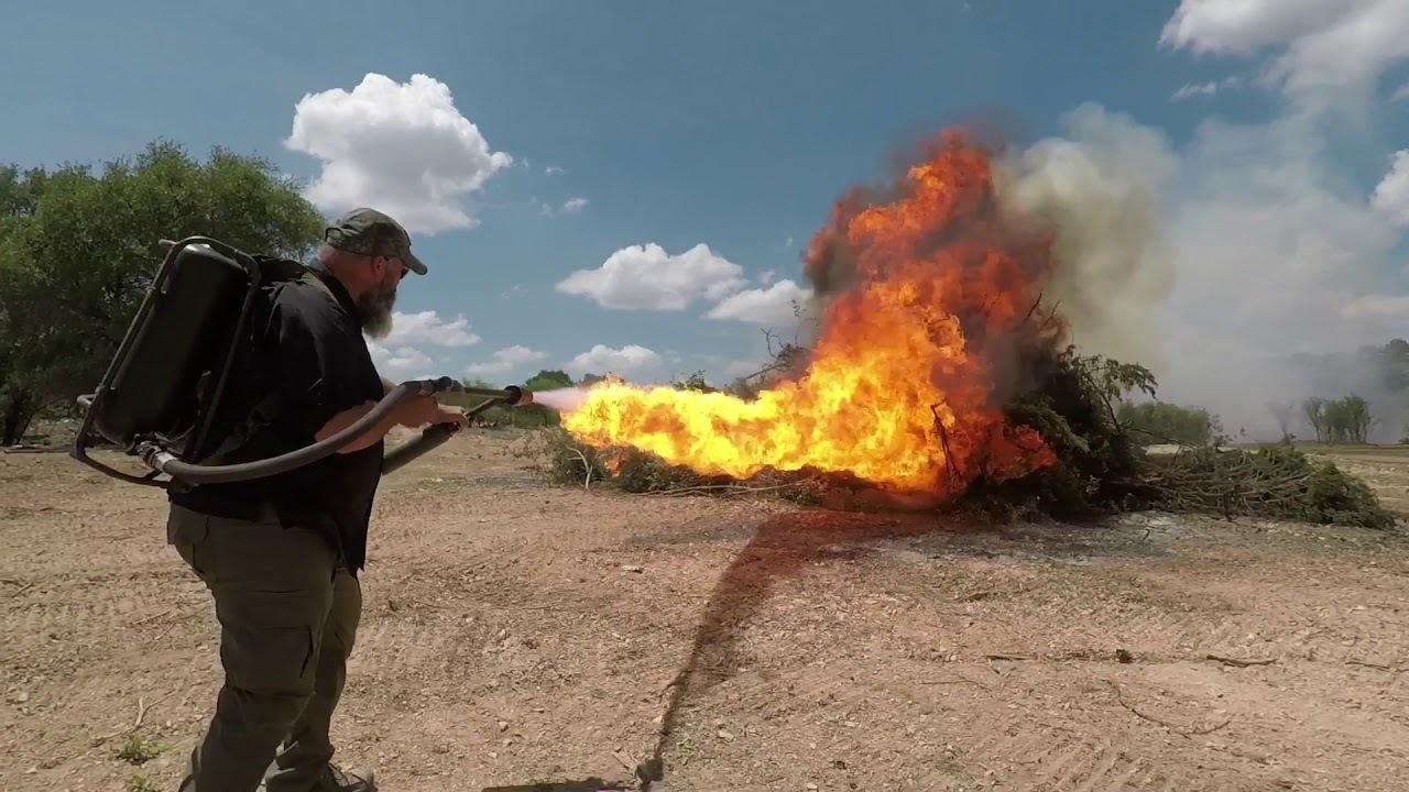 イーロン・マスクの「火炎放射器じゃないやつ」の威力ってどれくらい?