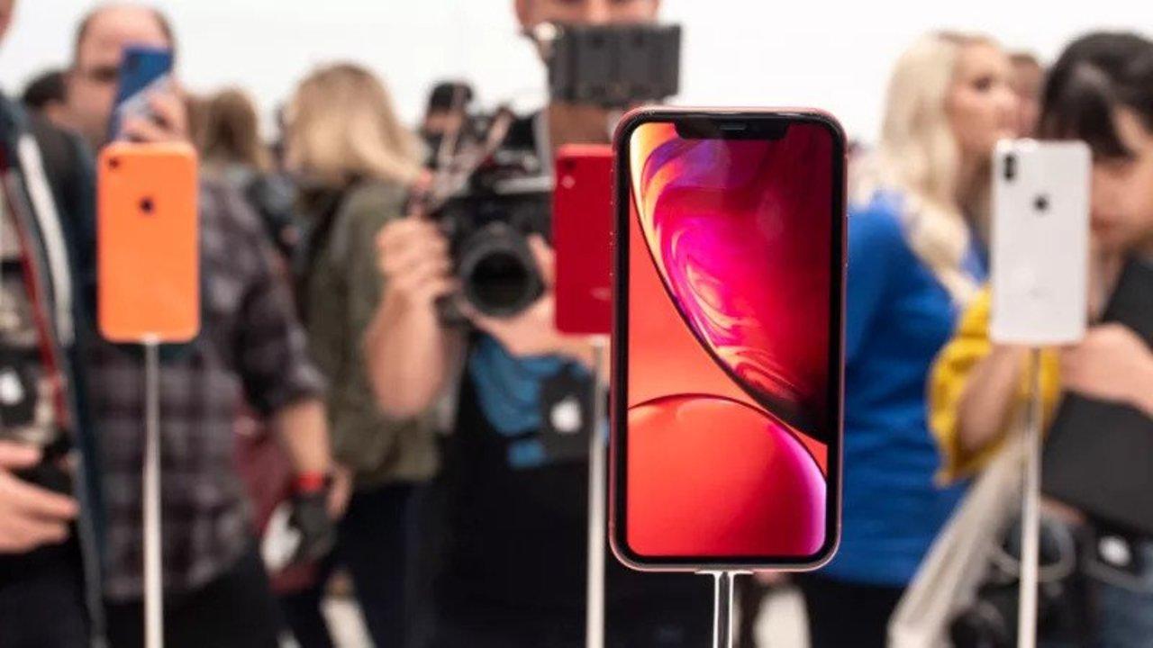 iPhoneは、このままどんどん巨大化していくのでしょうか