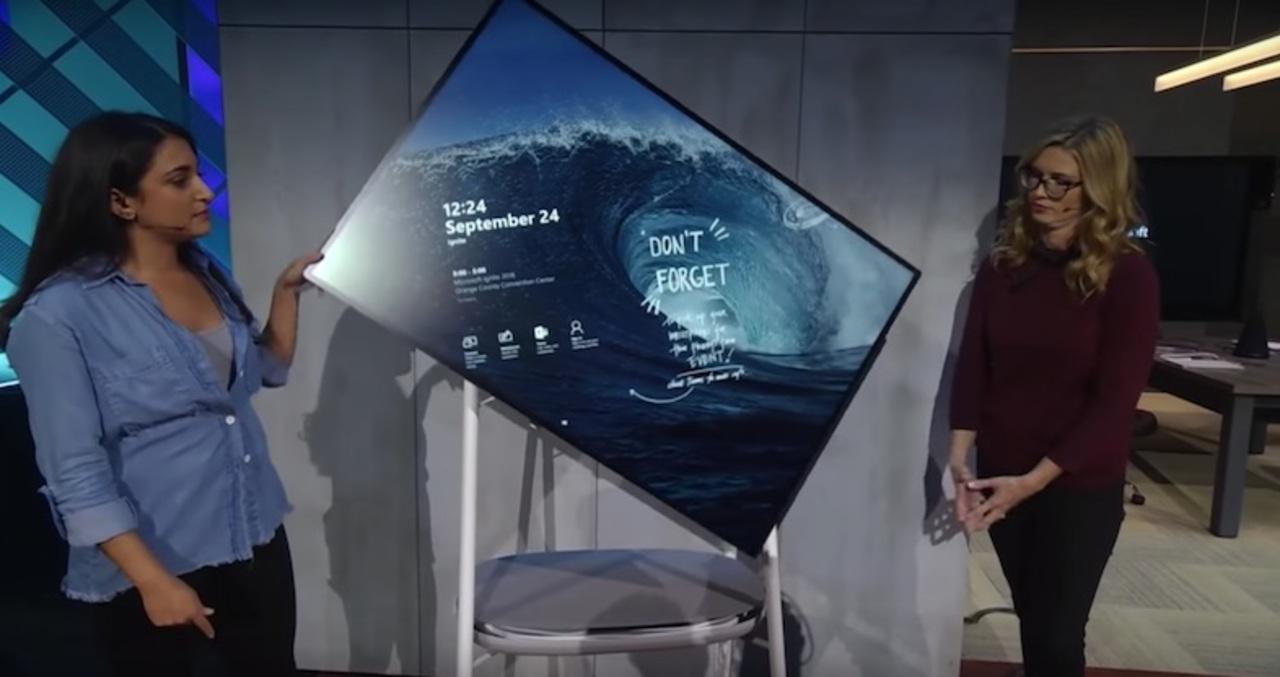 インタラクティブ黒板「Surface Hub 2」がお披露目! 想像以上にヌルヌル動く