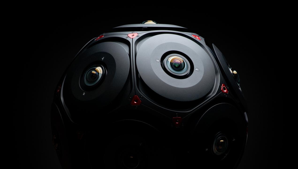 プラネタリウムと見紛うFacebook × REDの本気VRカメラ。映像内を歩ける未来が来ちゃった