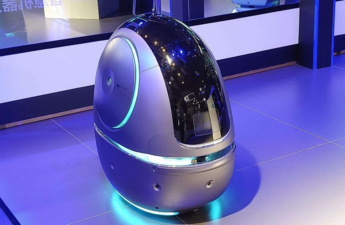 中国のアリババがホテル事業に参入。給仕ロボットが館内をかけまわる