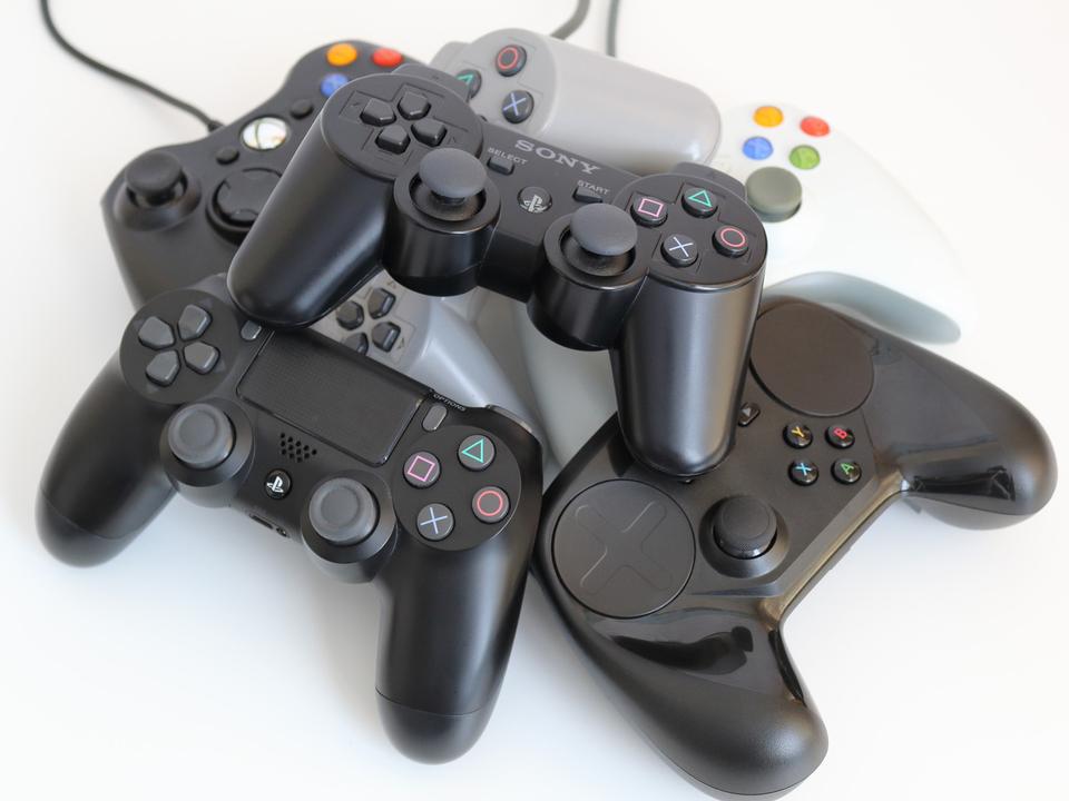 Steamユーザーの間で一番普及しているコントローラーは古くても頼れるアイツだった