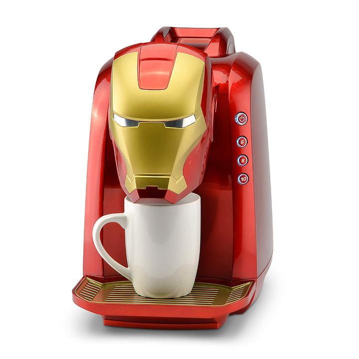 ロバート・ダウニー・Jrも使ってる? マーベル公式アイアンマン顔のコーヒーメーカー