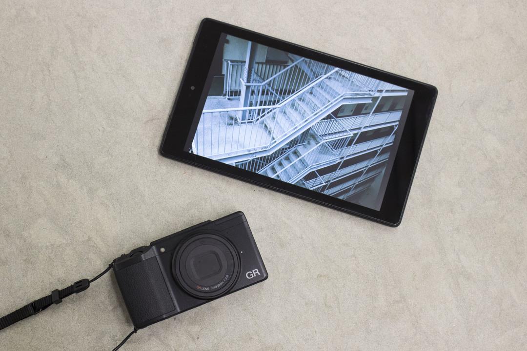僕の正解は写真管理でした。新しいFire HD8をフォトアルバムとして使ってみる