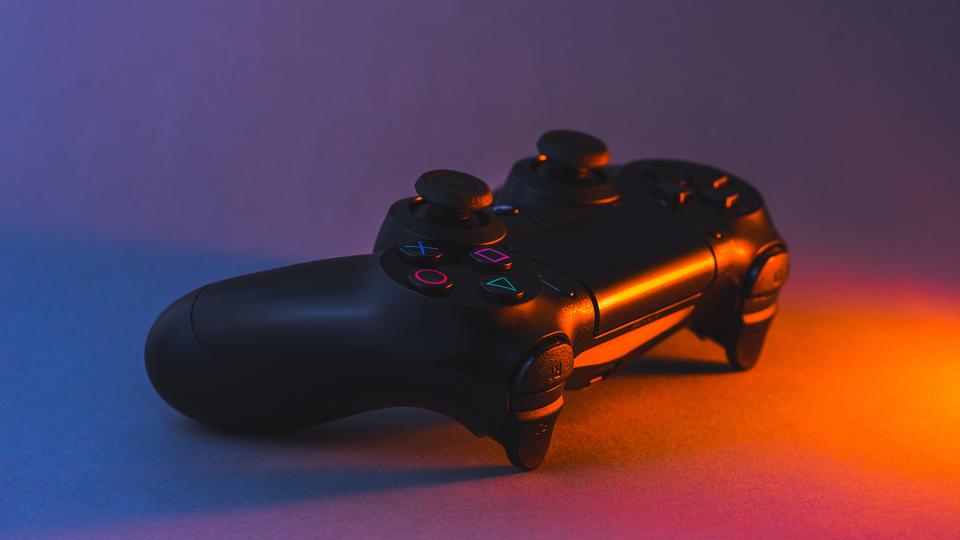 PS5、PS1からPS4までのゲームができるかもってよ