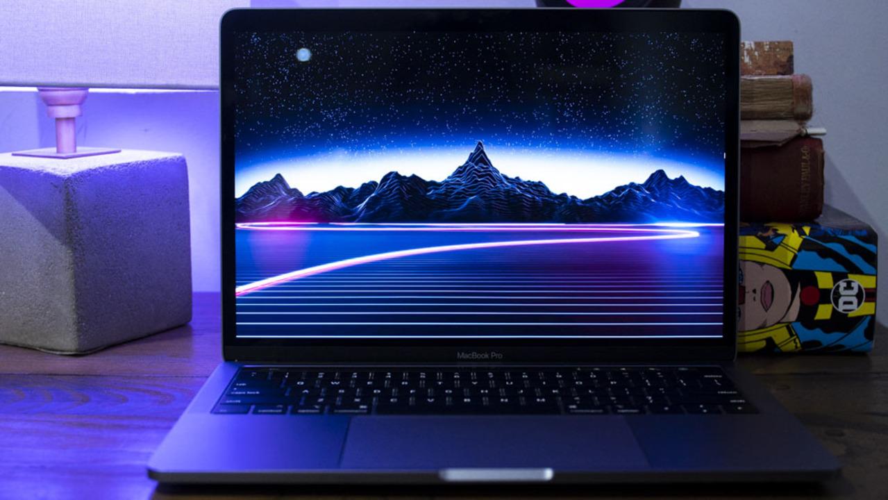 MacBook Pro 2018の一部は、Appleしか修理できない?(修理できちゃった報告もあり)