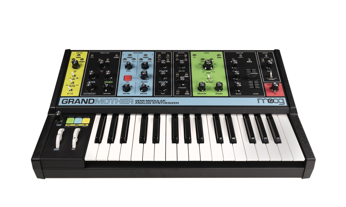 セミ・モジュラーシンセ「Moog Grandmother」がKORGより発売。パッチングで際限なき音創りへ