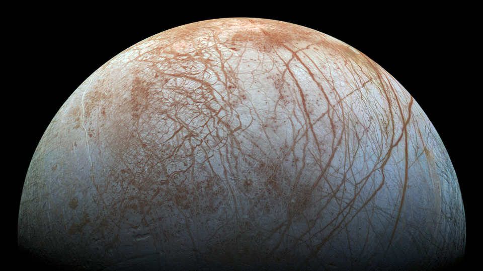 木星の衛星エウロパさん、15メートルの氷の剣山がそびえ立ってるって