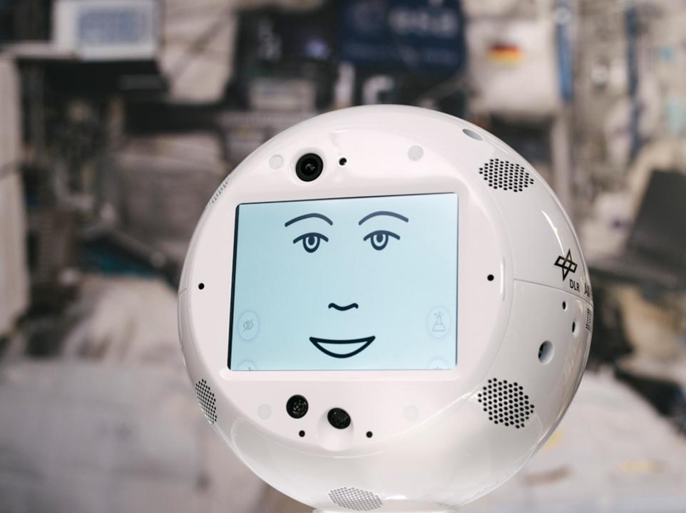 『ガンダム』のハロだこれ。IBM&AIRBUS開発の球体ロボット