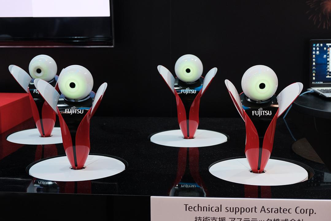 富士通の踊るコミュニケーションロボット「Robopin」のかわいさについて語ります #CEATEC2018