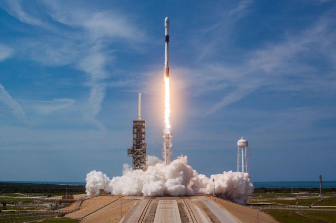 SpaceXの新型ブースター「ブロック5」が11月に2度目の再飛行するかも?