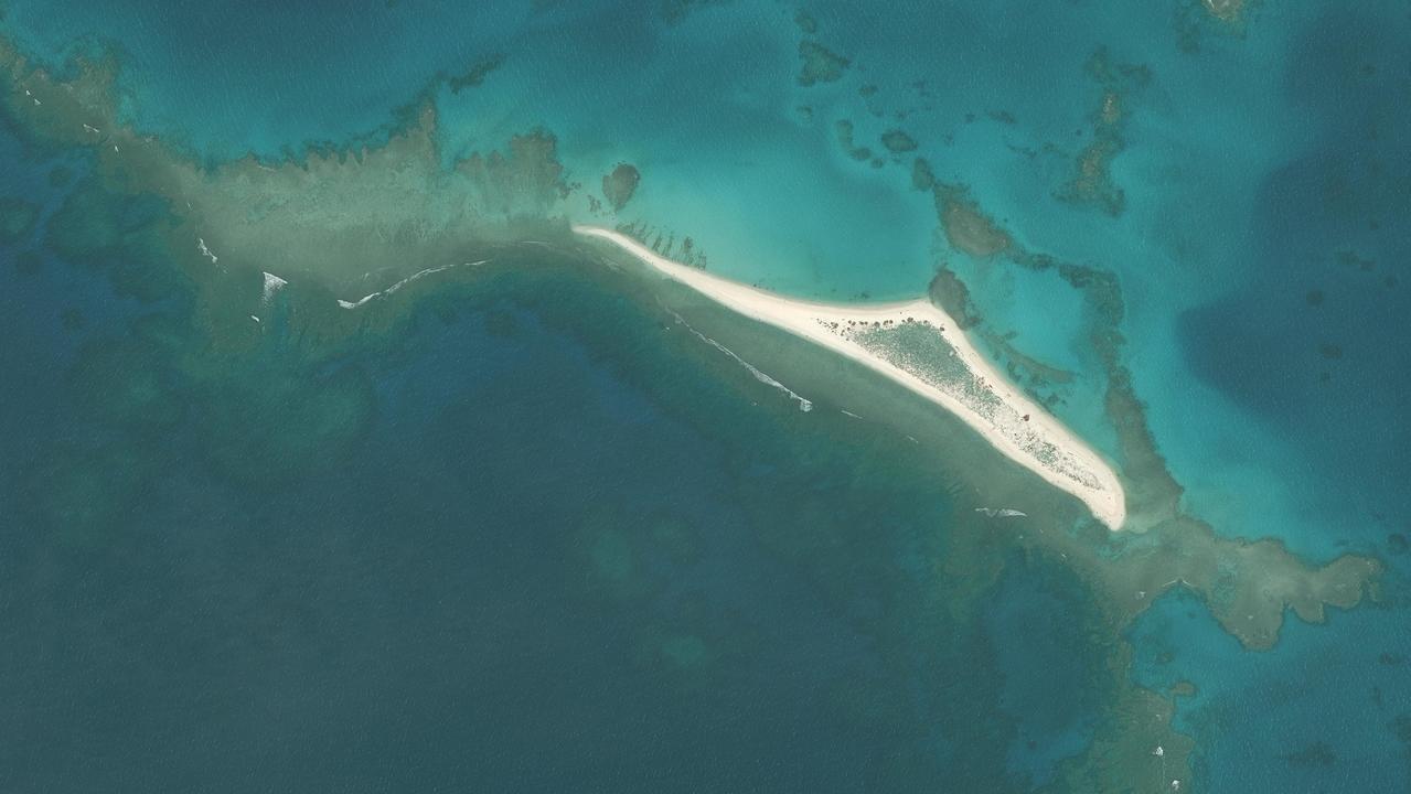 ハワイの小さな島がハリケーンによりほぼ消滅…。 ウミガメが心配です