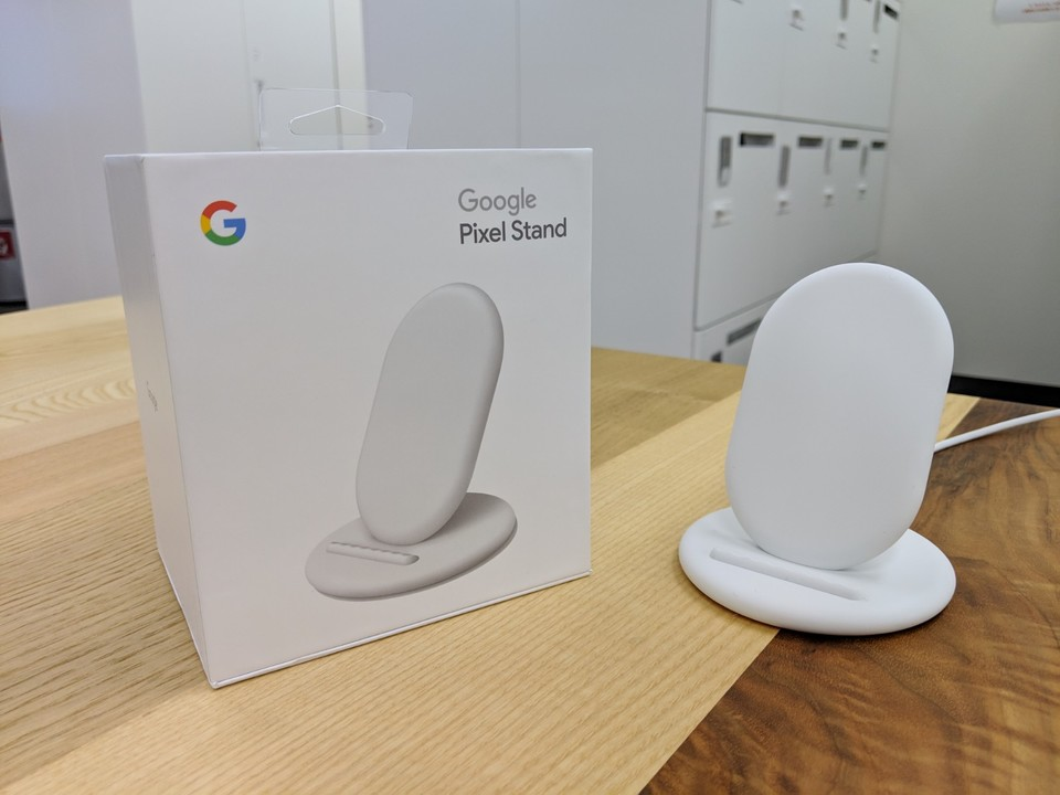 Pixel 3のベストパートナーは専用のワイヤレス充電スタンド「Google Pixel Stand」