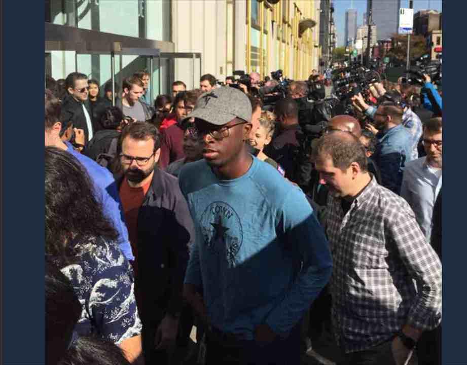 そしてGoogle社員は11/1/11AM街に出た。セクハラ長者に抗議する全世界ウォークが圧巻