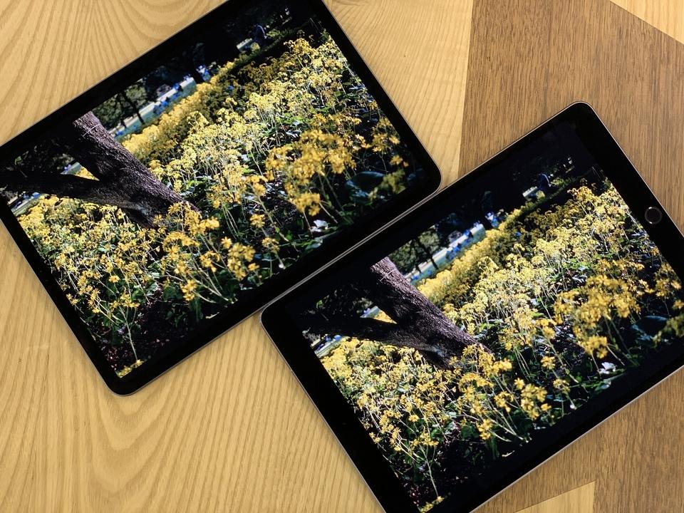 11インチiPad Proと10.5インチiPad Proの色味を比較。ほっとんど一緒だけどね