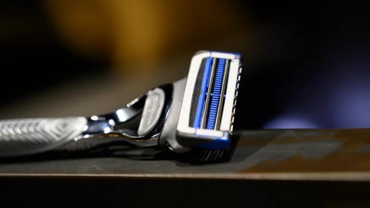 ジレット「刃を減らして繊細肌を守る」2枚刃の新型カミソリを発表