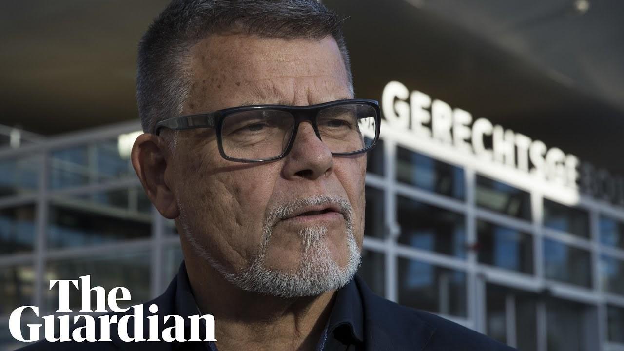 69歳→49歳への変更届を却下された男性、市を訴える