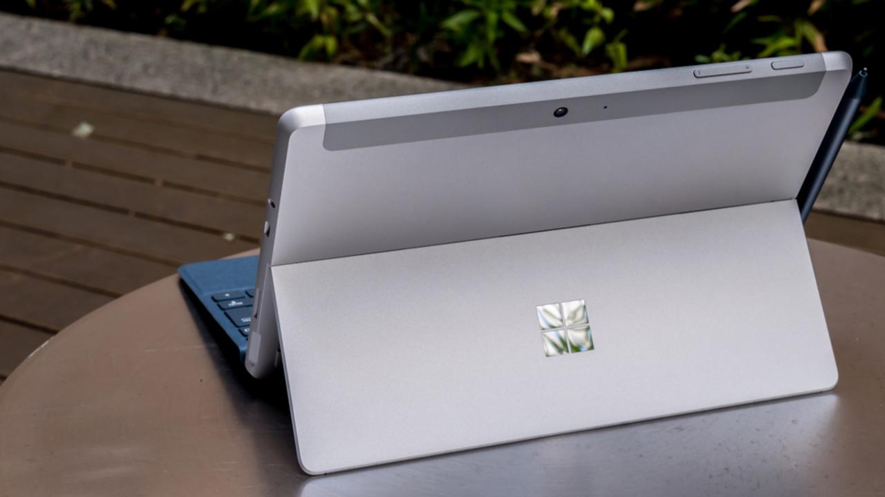 (我々の期待を裏切った)Surface Goに「LTEモデル」登場で、最高のタブレットPCになれるか