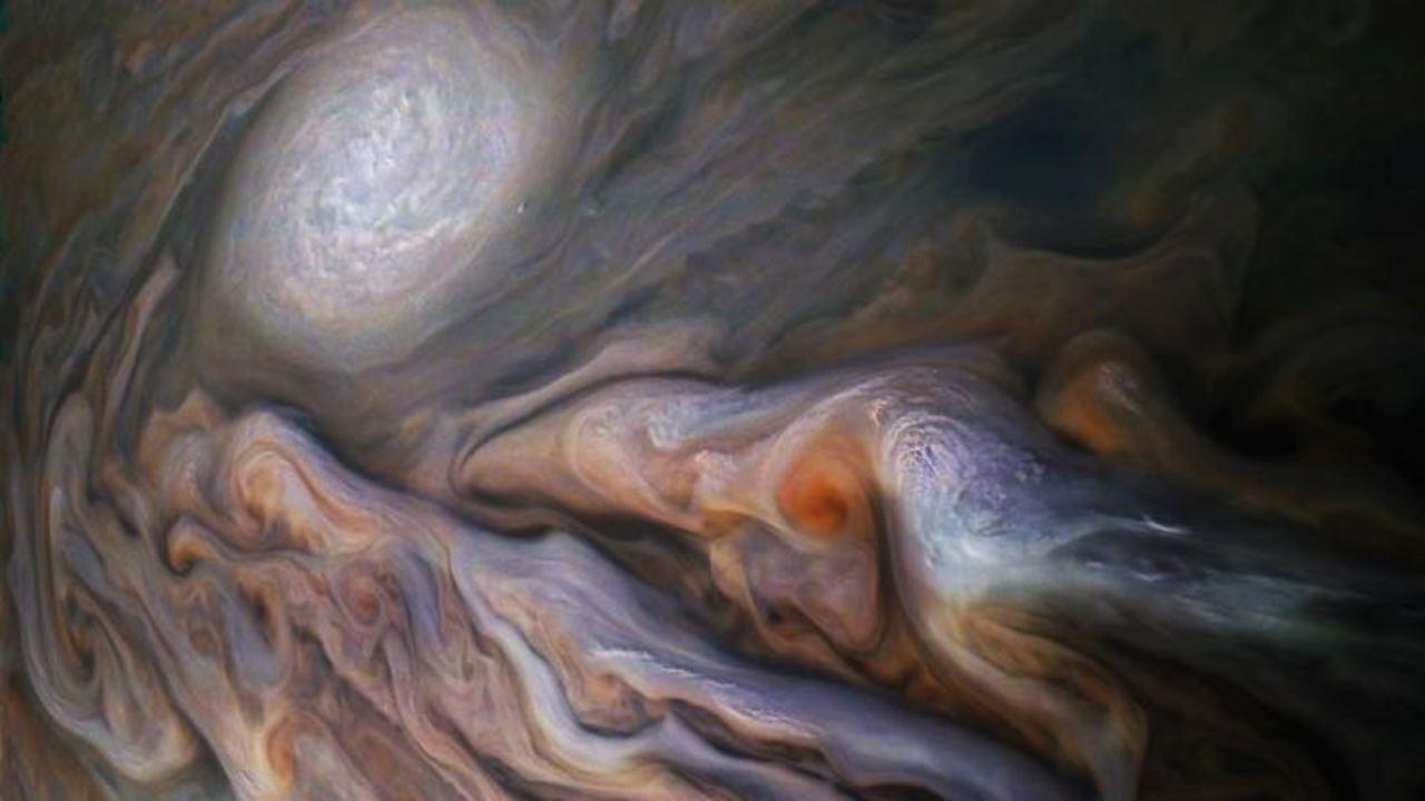 木星探査機ジュノーが撮った写真が最高の1枚だった