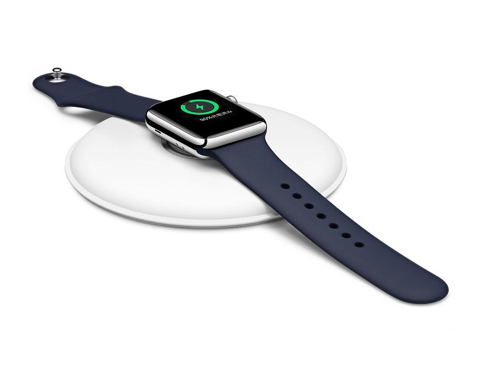 Apple Watchの充電ドックが変わったみたい。一方その頃、AirPowerは…
