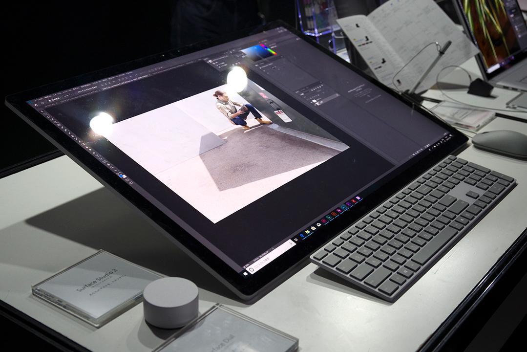 え、Surface Studio 2があるぞ!? ここAdobe MAX JAPAN 2018だぞ!? #AdobeMAXJapan