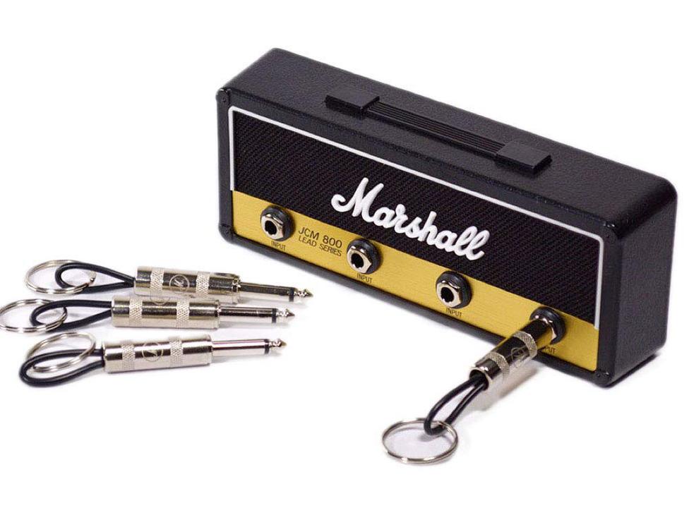 玄関入って即ロック(音楽的な意味で)! アンプ型のキーハンガーで毎日プラグインしよう