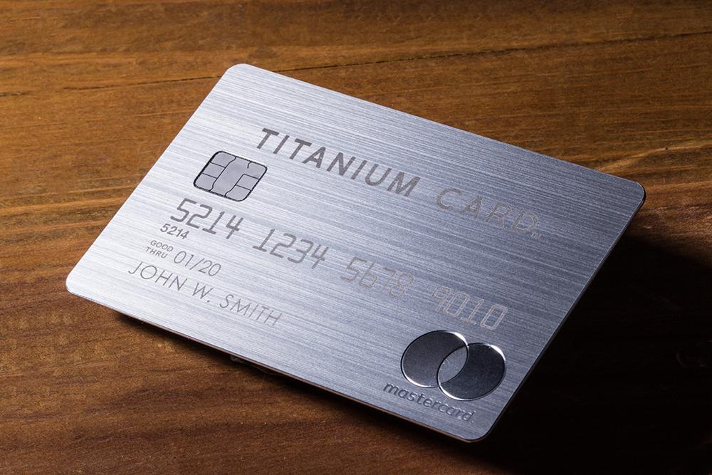 チタン ラグジュアリー カード