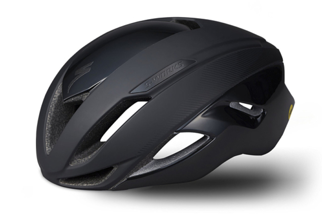 自転車用ヘルメットがセーフティビーコン化。クラッシュ時には家族に緊急連絡!