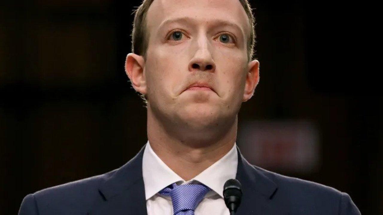 2018年を振り返って。Facebookが書き忘れたブラックな出来事まとめ