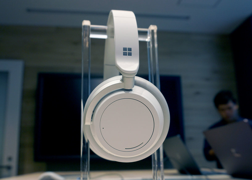 今一番触りたいガジェット「Surface ヘッドフォン」が日本発売でございます