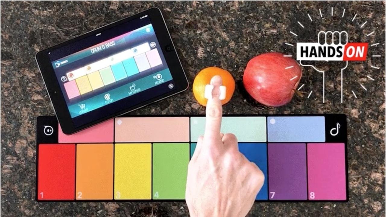 指に触れるすべてを鍵盤に。色を音に変換する指輪「SpecDrums」ハンズオン #CES2019