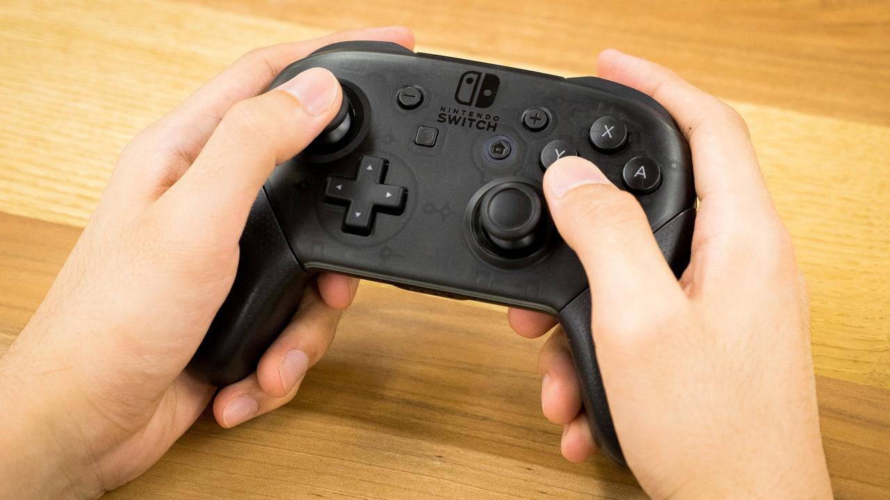 【プレゼント・モード】Nintendo Switch Proコントローラー