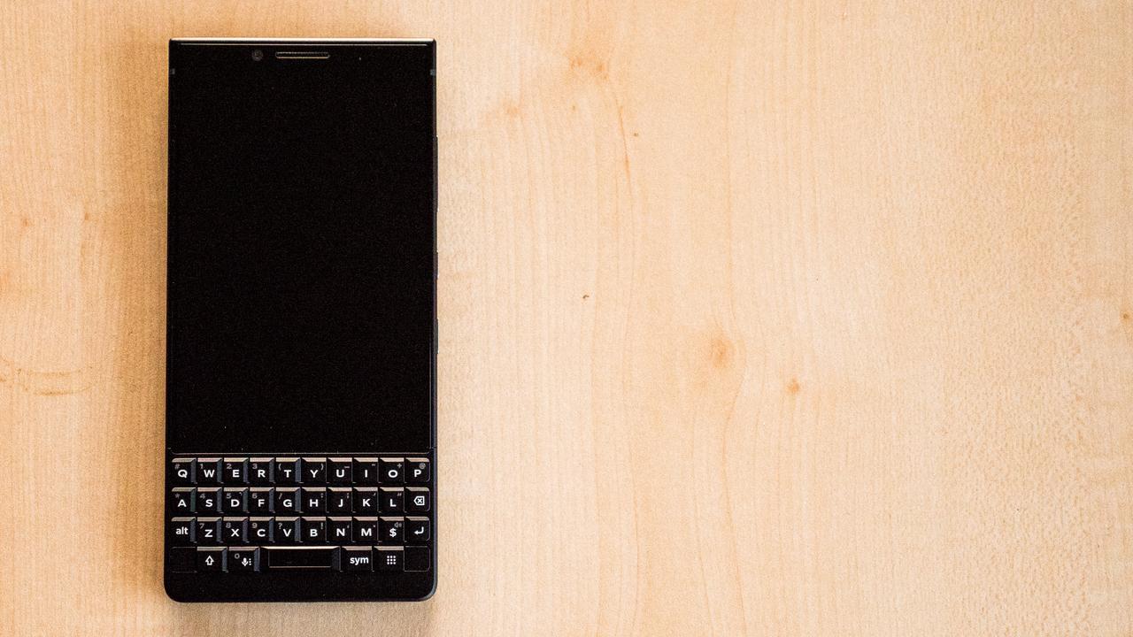 【プレゼントします!】1分レビュー:BlackBerry KEY2(しかきぃやつ開封編)