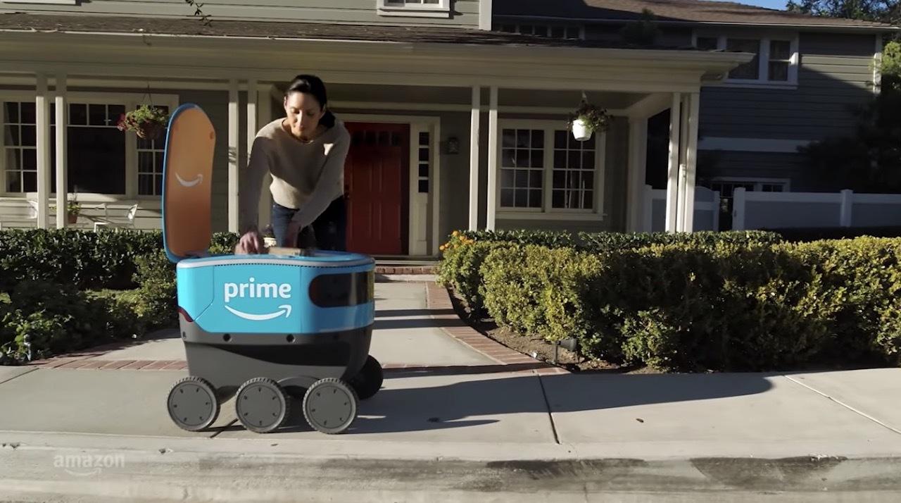 かわいい。Amazonの6輪宅配ロボ「Scout」がテスト開始