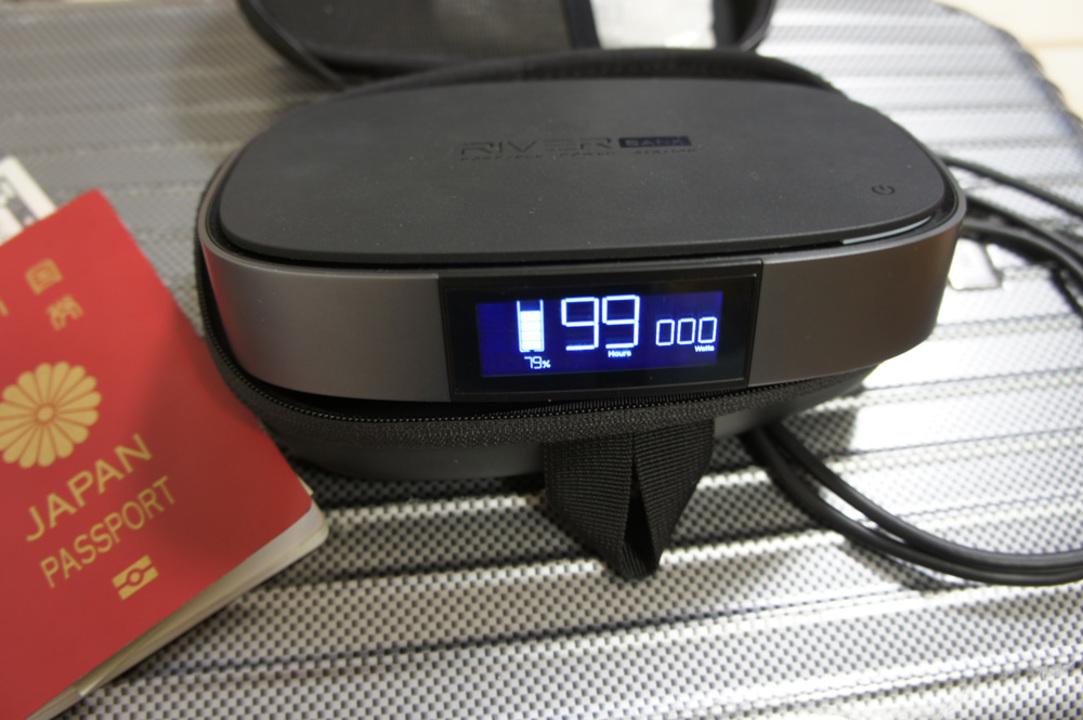 大容量、高出力、高性能な多機能モバイルバッテリー「RIVER BANK」を使ってみた