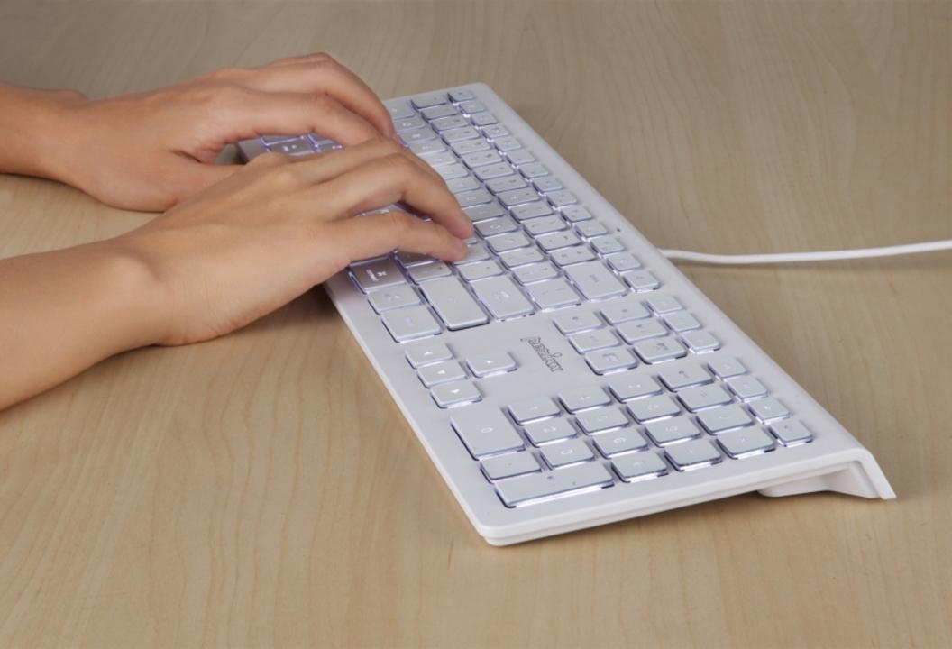 iOS対応有線フルキーボードだけど、大事なものがない!